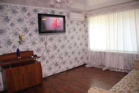 Сдается 1-комнатная квартира посуточно в Астрахани, ул.Ляхова 3.