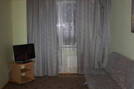 Сдается 1-комнатная квартира посуточно, проспект Дружбы Народов, 40.