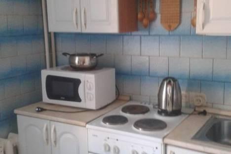 Сдается 2-комнатная квартира посуточно в Благовещенске, ул. Амурская, 190.