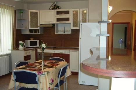 Сдается 1-комнатная квартира посуточнов Санкт-Петербурге, Бухарестская ул., 110.