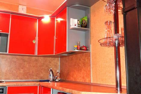 Сдается 3-комнатная квартира посуточно в Новокузнецке, Ярославская улица, 20.