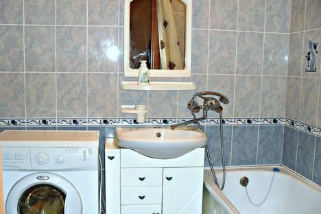 Сдается 1-комнатная квартира посуточно в Вологде, ул. Октябрьская,  58.
