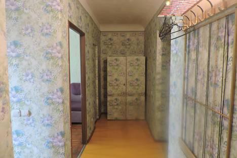 Сдается 2-комнатная квартира посуточно в Новочеркасске, пушкинская 68.