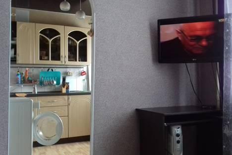 Сдается 2-комнатная квартира посуточно в Березниках, Юбилеиная 32.