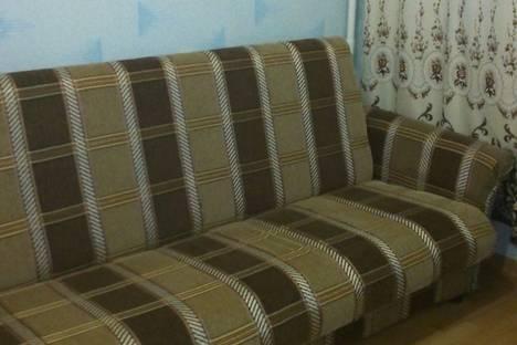 Сдается 1-комнатная квартира посуточнов Кирове, ул. Комсомольская, 63.
