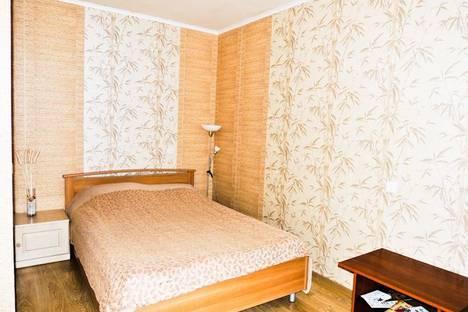 Сдается 1-комнатная квартира посуточнов Екатеринбурге, ул. Бакинских Комиссаров, 107.