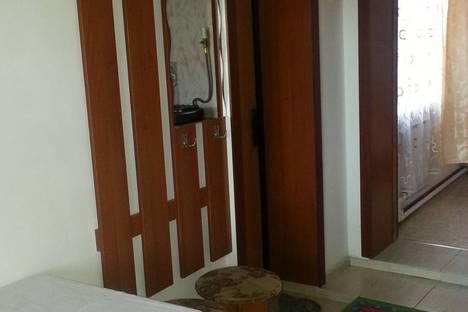 Сдается 2-комнатная квартира посуточно в Ейске, ул. Гоголя, 95.