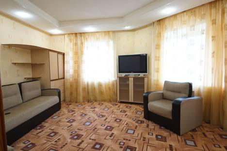 Сдается 1-комнатная квартира посуточно в Нефтеюганске, 16 микрорайон, 30.