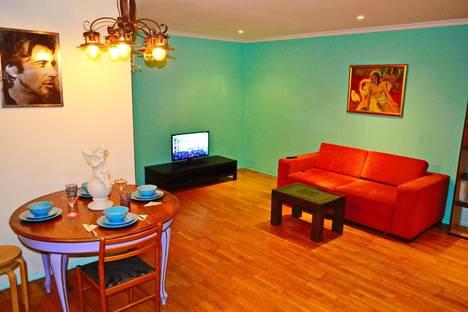 Сдается 2-комнатная квартира посуточнов Новосибирске, проспект Дзержинского, 14/2.