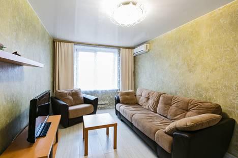 Сдается 2-комнатная квартира посуточно в Москве, Смоленский бульвар, 6.