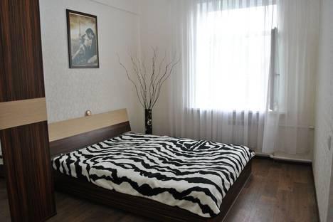 Сдается 3-комнатная квартира посуточно в Таганроге, ул. Фрунзе д.62.