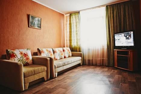 Сдается 2-комнатная квартира посуточнов Оренбурге, Салмышская 72.