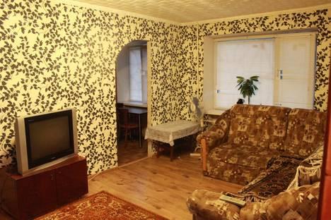 Сдается 2-комнатная квартира посуточнов Армавире, ул. Халтурина, 34.