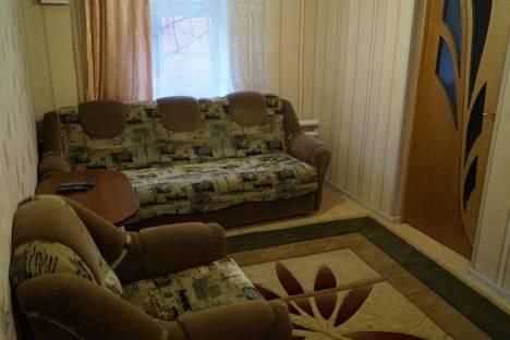 Сдается 4-комнатная квартира посуточно в Ейске, гоголя  49.