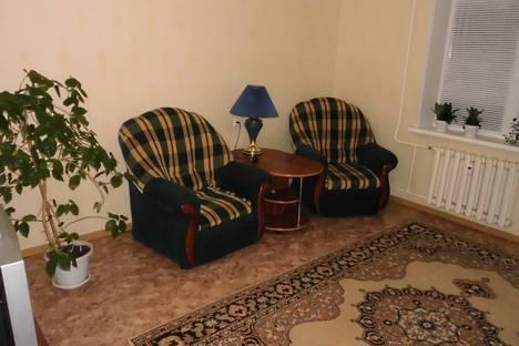 Сдается 3-комнатная квартира посуточнов Нижнекамске, ул. Студенческая, 16.