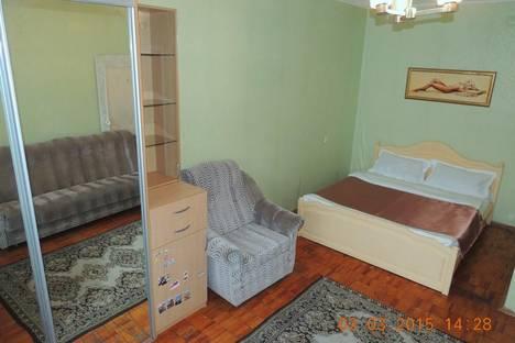 Сдается 1-комнатная квартира посуточнов Архангельске, ул. Воскресенская, 116.
