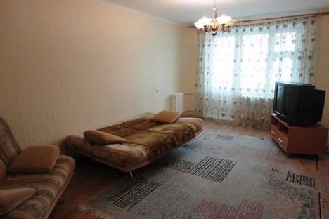 Сдается 2-комнатная квартира посуточнов Тюмени, ул. Пермякова, 76 корпус 2.