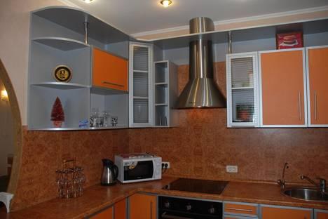 Сдается 1-комнатная квартира посуточнов Елабуге, Улица Раскольникова дом 83.