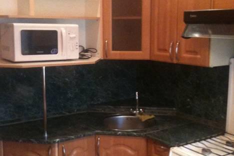 Сдается 3-комнатная квартира посуточнов Оренбурге, ул. Просторная, 14 корп.1.