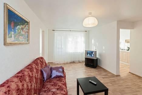Сдается 2-комнатная квартира посуточнов Екатеринбурге, Гаринский 4.