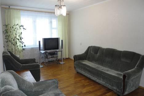 Сдается 3-комнатная квартира посуточно в Чебоксарах, Тракторостроителей проспект, 36.