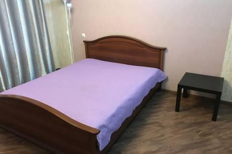 Сдается 1-комнатная квартира посуточно в Иркутске, ул. Депутатская, 84/2.