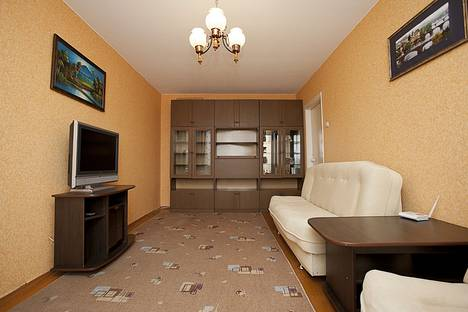 Сдается 2-комнатная квартира посуточнов Копейске, ул. Масленникова, 5.