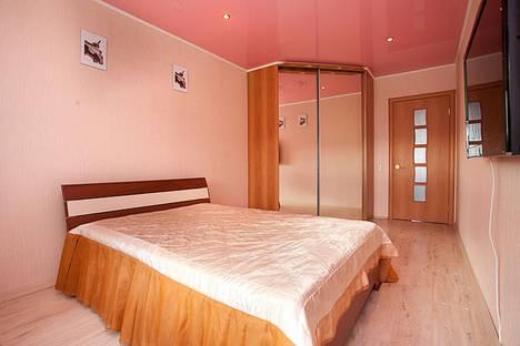 Сдается 2-комнатная квартира посуточно в Челябинске, ул. Телевизионная, 3.