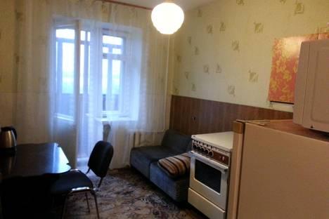 Сдается 1-комнатная квартира посуточно в Мончегорске, клиентьева д1.