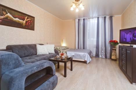 Сдается 2-комнатная квартира посуточно, ул. Бакунина, 139.