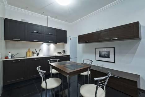 Сдается 2-комнатная квартира посуточно в Санкт-Петербурге, проспект Народного Ополчения, 10.