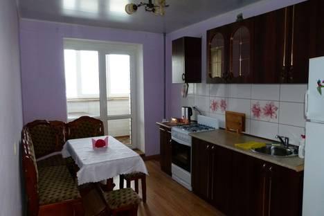 Сдается 1-комнатная квартира посуточно в Энгельсе, ул. Тельмана, 150/10.