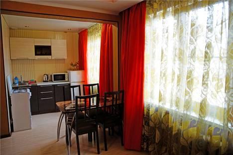 Сдается 2-комнатная квартира посуточно, ул. Красноармейская д. 35.