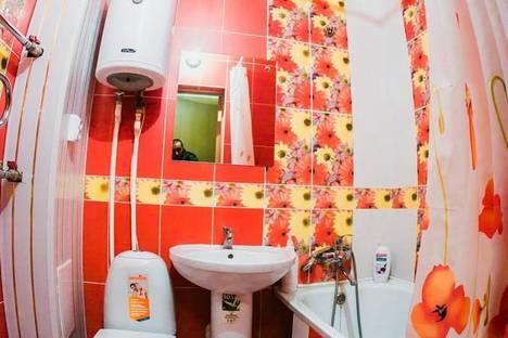 Сдается 1-комнатная квартира посуточно в Астрахани, ул. Ботвина д. 29.