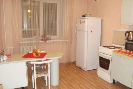 Сдается 2-комнатная квартира посуточно в Благовещенске, ул. Горького, 172/1.