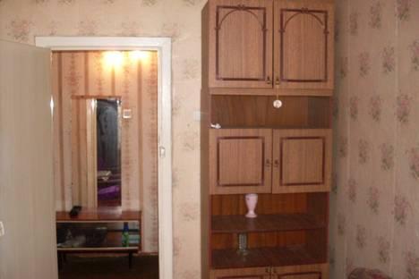 Сдается 4-комнатная квартира посуточнов Златоусте, 3 микрорайон,30.
