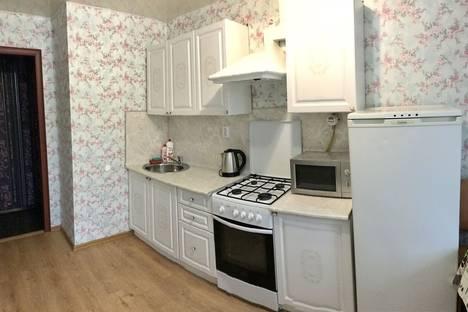 Сдается 4-комнатная квартира посуточнов Вологде, Проспект Победы 99.