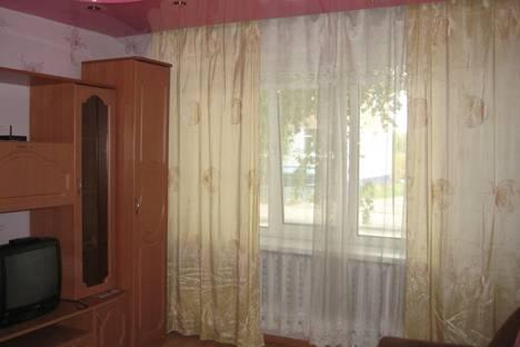 Сдается 1-комнатная квартира посуточно в Ухте, ул. Чибьюская, 9.