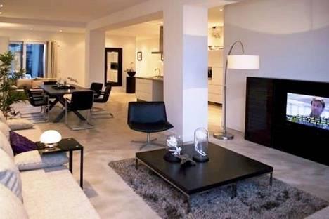 Сдается 3-комнатная квартира посуточно в Челябинске, ул. Свободы, 70а.
