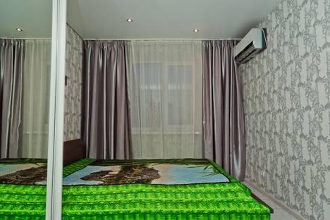 Сдается 2-комнатная квартира посуточнов Бору, ул. Максима Горького, 140.