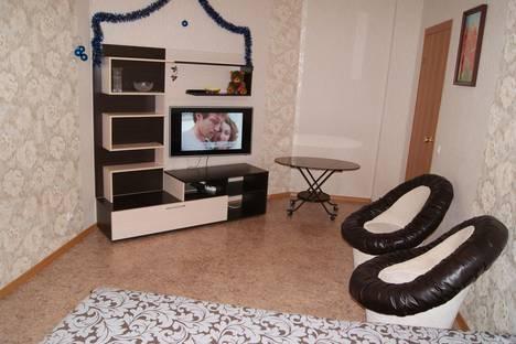 Сдается 1-комнатная квартира посуточнов Тольятти, ул. Революционная, 11Б.