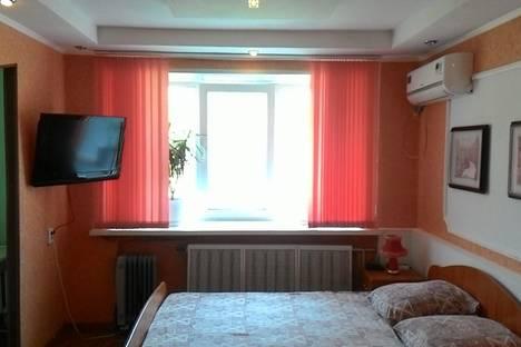 Сдается 1-комнатная квартира посуточно в Нижнекамске, тихая аллея 13.