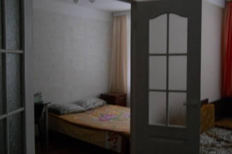 Сдается 2-комнатная квартира посуточнов Санкт-Петербурге, ул. Кузнецовская, д.4.