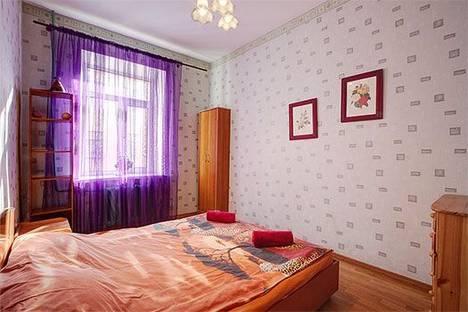 Сдается 4-комнатная квартира посуточно в Санкт-Петербурге, Владимирский проспект, 7.