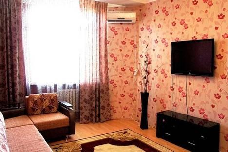 Сдается 2-комнатная квартира посуточнов Махачкале, ул. Гаджиева, 45.