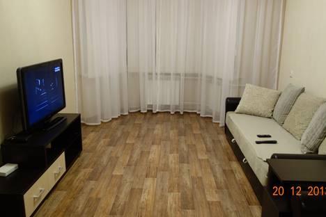Сдается 2-комнатная квартира посуточно, проспект Хасана Туфана, 33.