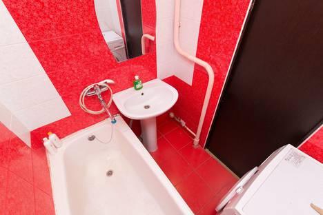 Сдается 3-комнатная квартира посуточнов Екатеринбурге, Учителей 14.