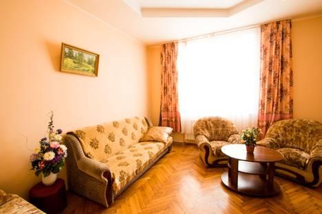 Сдается 2-комнатная квартира посуточнов Саратове, Радищева 25.