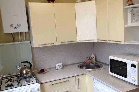 Сдается 2-комнатная квартира посуточнов Каменск-Шахтинском, ул.Освобождения д.8.