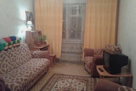 Сдается 1-комнатная квартира посуточно в Железногорске, ул. 60 лет ВЛКСМ, 22.